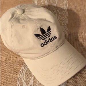 Adidas khaki tan cap